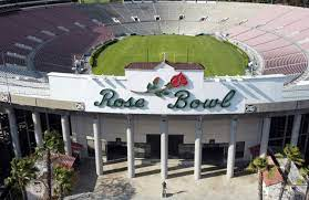 Breaking: Graduation to be held at the Rose Bowl
